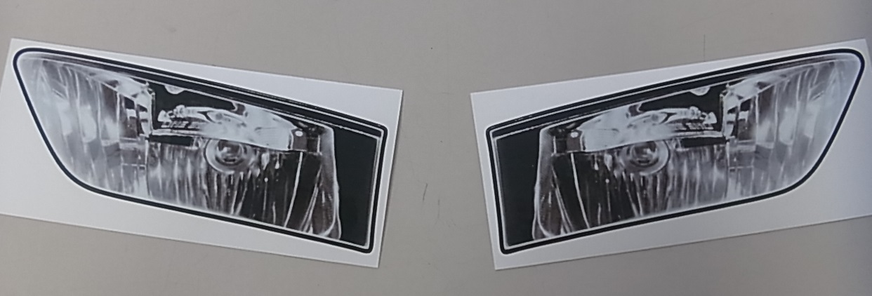 13~ヘッドライトステッカー